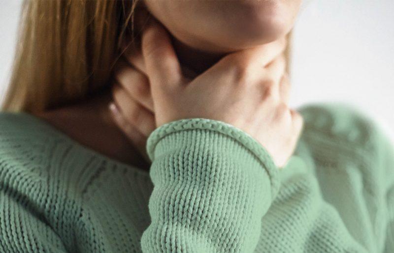 Jak na bolest vkrku: Co zabere akdy se raději poradit slékařem?