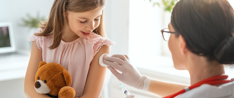 Chřipková sezóna se blíží. Očkovat, nebo neočkovat?